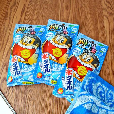 日本 嘎哩嘎哩君冰涼感毛巾(20x20cm) 小方巾 涼感巾 手帕 Leaffresh