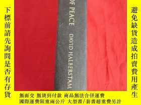 二手書博民逛書店War罕見in a Time of Peace: Bush, Clinton, and the Generals