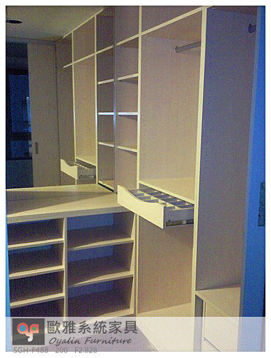 【歐雅系統家具】開放衣櫃 飾品格架 高收納更衣室設計分享