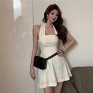 掛脖洋裝 法式復古輕熟方領吊帶連身裙春夏季2021年新款氣質a字短裙子女裝 韓國時尚 618