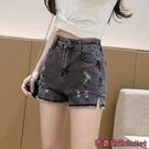 牛仔短褲 灰色牛仔短褲女新款夏季薄款高腰顯瘦破洞彈力a字緊身熱褲潮-Ballet朵朵