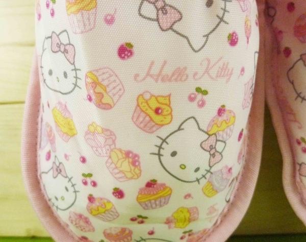 【震撼精品百貨】Hello Kitty 凱蒂貓~旅行拖鞋-粉色蛋糕造型-附收納袋【共1款】