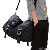 單肩包 短途旅行包 男 手提男包單肩斜背包時尚潮流大容量男士休閒包帆布   唯伊時尚
