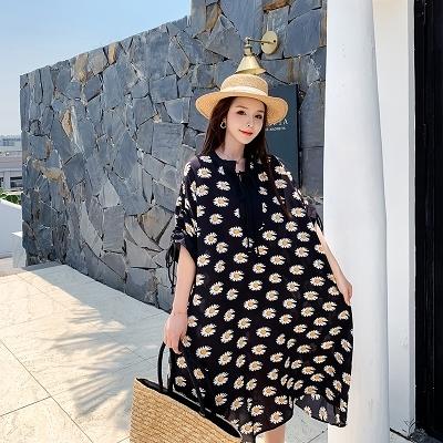 胖妹妹大碼洋裝連身裙~度假風時尚潮牌小雛菊 中長款A字顯瘦連身裙352#N818衣時尚