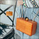 URES 復古木頭硬盒小包附背帶【881012447】