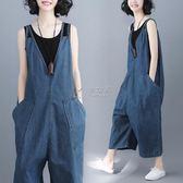連身褲 胖MM文藝范大碼減齡顯瘦牛仔背帶褲夏裝新款無袖闊腿連體褲潮 俏女孩