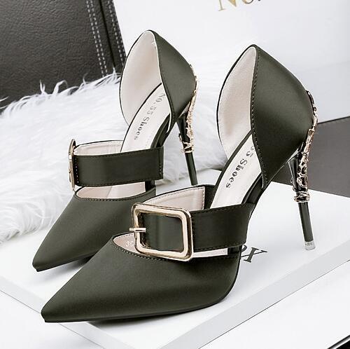 歐美皮帶扣細跟 涼鞋女高跟鞋漆皮淺口中鏤空尖頭細跟高跟鞋 限時85折