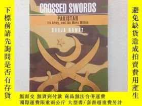 二手書博民逛書店Crossed罕見Swords: Pakistan Its Ar