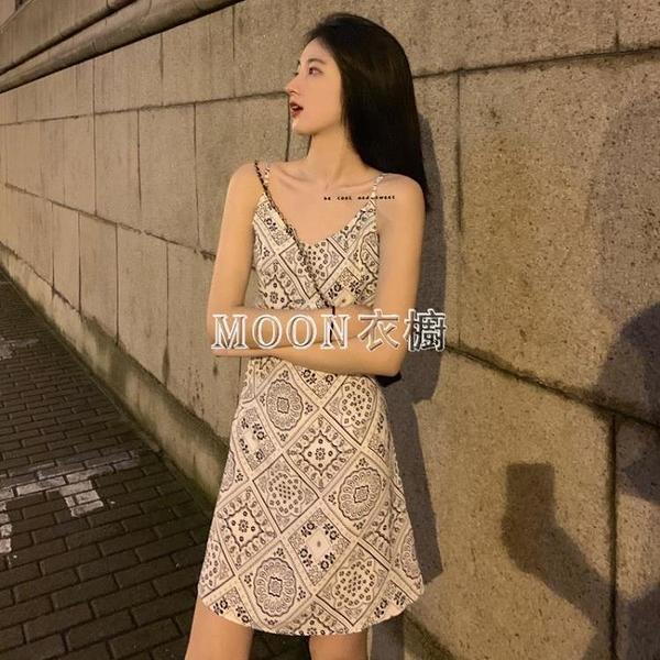 網紅港風復古碎花露肩無袖短款吊帶裙子夏季2021新款修身洋裝女 快速出貨