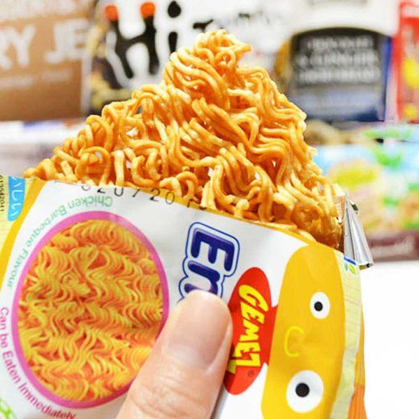 韓國 Enaak 小雞點心麵 (單包) 16g 隨手包 香脆點心麵 點心脆麵 小雞麵 點心麵 【美日多多】