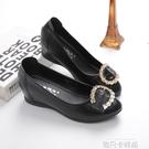 內增高單鞋女2020秋季新款韓版平底淺口中跟軟皮鞋百搭坡跟豆豆鞋 依凡卡時尚