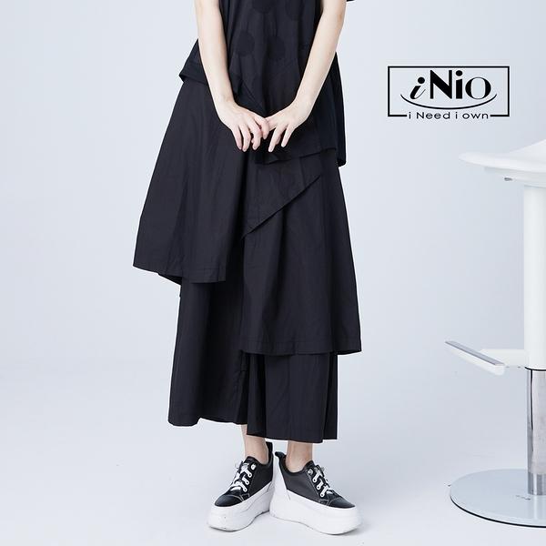 多層次個性剪裁鬆緊腰長版寬褲寬褲裙(S-L適穿)-現貨快出【C1W2061】 iNio 衣著美學