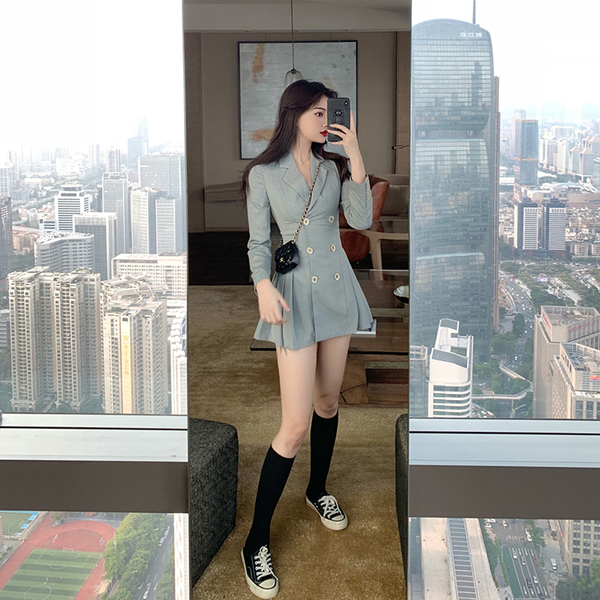 VK旗艦店 韓系小西裝百褶收腰顯瘦雙排釦長袖洋裝