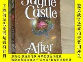 二手書博民逛書店After罕見Dark (By Jayne Castle)Y14