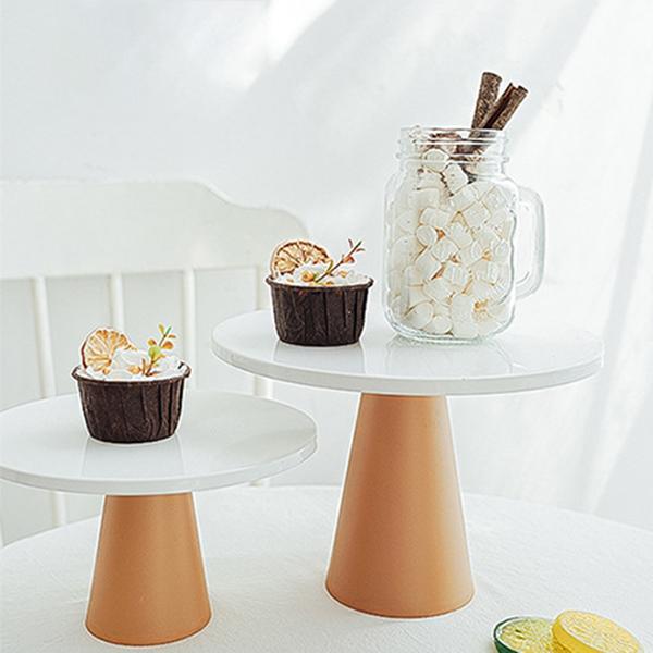 【BlueCat】小號 純白鐵盤 甜品高腳托台 (直徑20cm) 托盤 蛋糕盤 拍照道具 美食擺拍 背景 拍攝道具