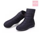 輕量時尚釦飾雙層防水防滑加厚保暖雪靴 黑 *MOM*