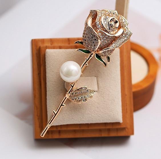 韓版高檔珍珠玫瑰花胸針女創意百搭別針裝飾簡約復古西服胸花配飾 FF4638【美好時光】
