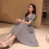 VK旗艦店 韓國復古風翻領泡泡袖格紋顯瘦收腰短袖洋裝