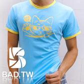 奢華壞男~舉手貓 款超舒適彈性合身剪裁T 恤藍底滾黃邊~~S M L XL XXL ~