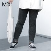 Miss38-(現貨)【A10569】大尺碼牛仔長褲 黑灰色雪花小腳褲 中高腰鬆緊帶 時尚修身煙管褲-中大尺碼