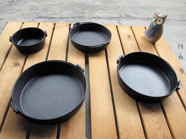 ~佐和陶瓷餐具~【24I52026-C鉎壽喜鍋(霧面琺瑯) 26cm】/ 煮鍋 湯鍋 鑄鐵鍋 壽喜燒 /