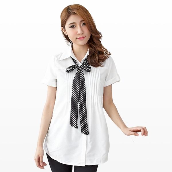 長版襯衫--青春洋溢點點領結胸前壓摺反折短袖長版襯衫(白.藍S-3L)-H123眼圈熊中大尺碼◎