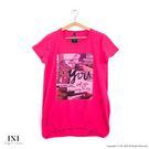 【INI】休閒自在、簡約印花柔軟長版上衣.桃紅色