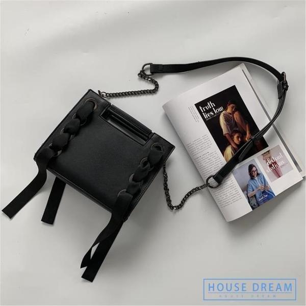 斜背包 暗黑系港風包包女2020新款百搭單肩斜挎包chic時尚鏈條小方包