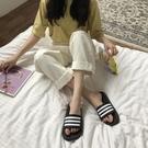 拖鞋女夏外穿韓版風ins百搭條紋港風室內防滑洗澡學生家用涼拖鞋新品