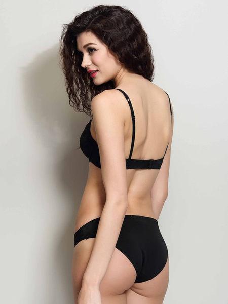 黑色誘惑舒適胸罩 有鋼圈刺繡蕾絲胸罩-1236000101