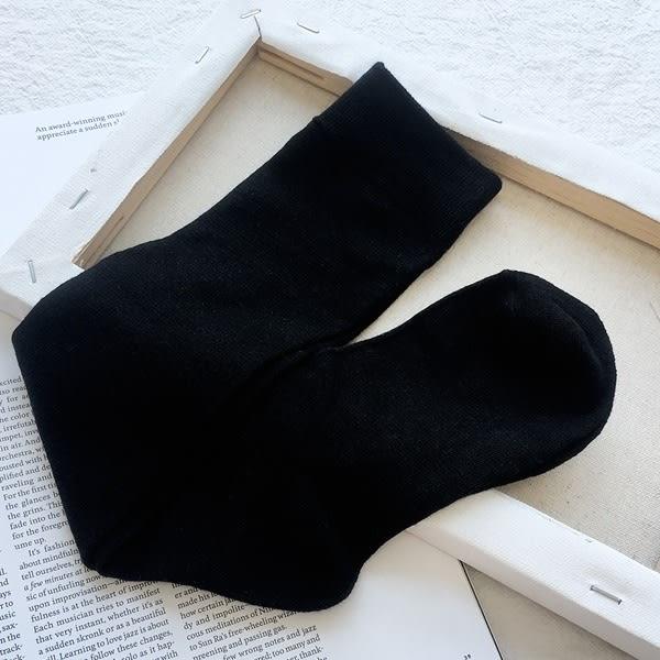 洋芋妹-純色及膝百搭長筒襪【SB11453】