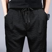 運動褲 黑色休閒褲男修身小腳彈力韓版潮流冰絲速干運動褲子男春夏季薄款