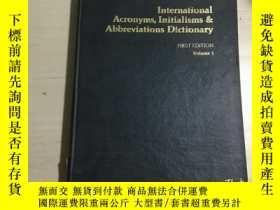 二手書博民逛書店International罕見Acronyms, Initial