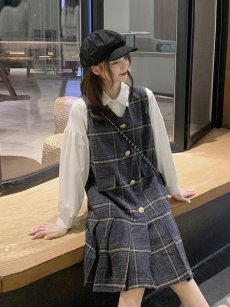 毛呢裙 秋冬小個子毛呢百褶背帶裙2021新款韓版氣質顯瘦復古格子連衣裙女 歐歐