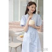 短袖洋裝 藍色泡泡袖連身裙2021年夏季新款韓版寬鬆單排扣v領短袖高腰a字裙