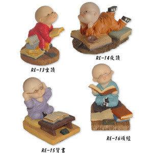 小沙彌公仔,小四喜-坐讀、夜讀、背書、頌經共4款 物品清單:1尊NT$250元