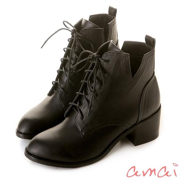 amai《Olivia奧麗薇亞》率性綁帶V口高跟短靴 黑