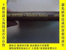 二手書博民逛書店Tom罕見huntner sophomore halfback(