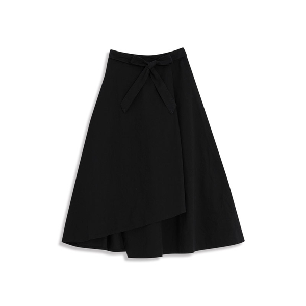 Queen Shop【03020648】不對稱大傘擺綁帶造型裙 兩色售 S/M/L*現+預*