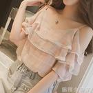 雪紡打底小衫夏季一字領格子露肩上衣服女學生荷葉邊短袖吊帶T恤 蘿莉新品