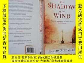 二手書博民逛書店【實物拍圖】the罕見shadow of the windY87