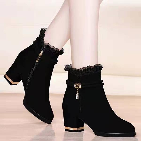 裸靴 【加絨保暖】2021秋冬季絨面短靴粗跟女靴性感蕾絲百搭側拉鏈裸靴 霓裳細軟