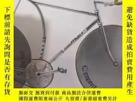二手書博民逛書店THE罕見COMPETITION BICYCLE: The Cr