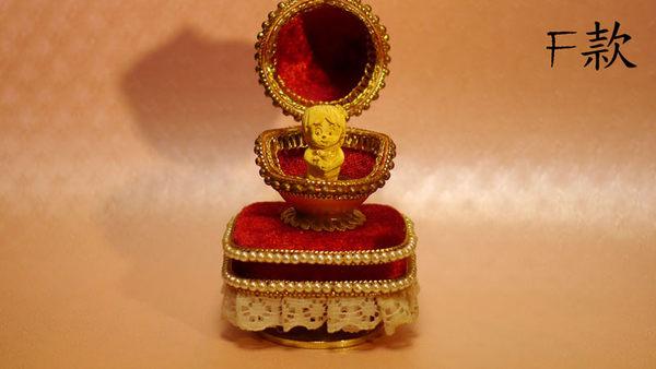 ╭☆ gold shop ☆╯黃金 彌月禮盒 金飾 藝術蛋雕 保證卡 有音樂 [ gg 010 ]
