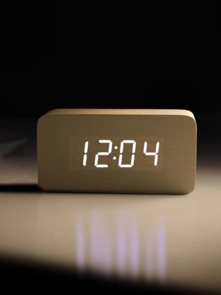 電子鬧鐘 鬧鐘創意學生電子鬧鐘床頭鐘多功能簡約現代夜光LED靜音木頭鐘(母親節)