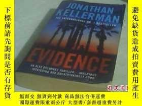 二手書博民逛書店英文原版罕見Evidence by Jonathan Kelle