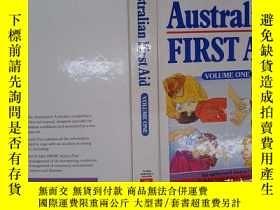 二手書博民逛書店Australian罕見first aid (volume on