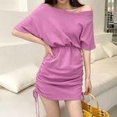 夏季新款一字領露肩收腰包臀裙子褶皺系帶寬鬆短袖連身裙女裝