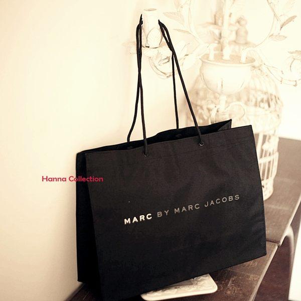 《花花創意会社》【H1445】MARC JACO*外流豪華黑色字母大方包