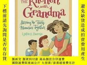 二手書博民逛書店In罕見the Kitchen with Grandma: St